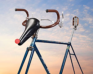 Bike reindeer statue