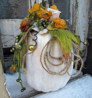 Thanksgiving Pumpkin by Lynne Forsythe