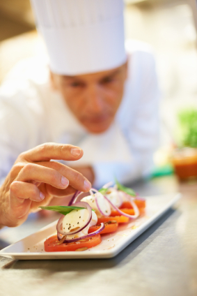 DINING_RESTAURANT_Chef-Preparing-Food