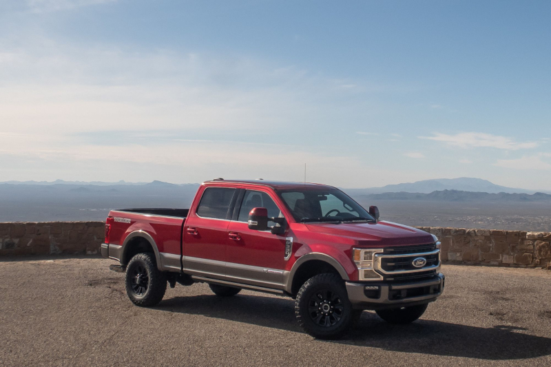 2020 Ford Super Duty F-250 Front Angle