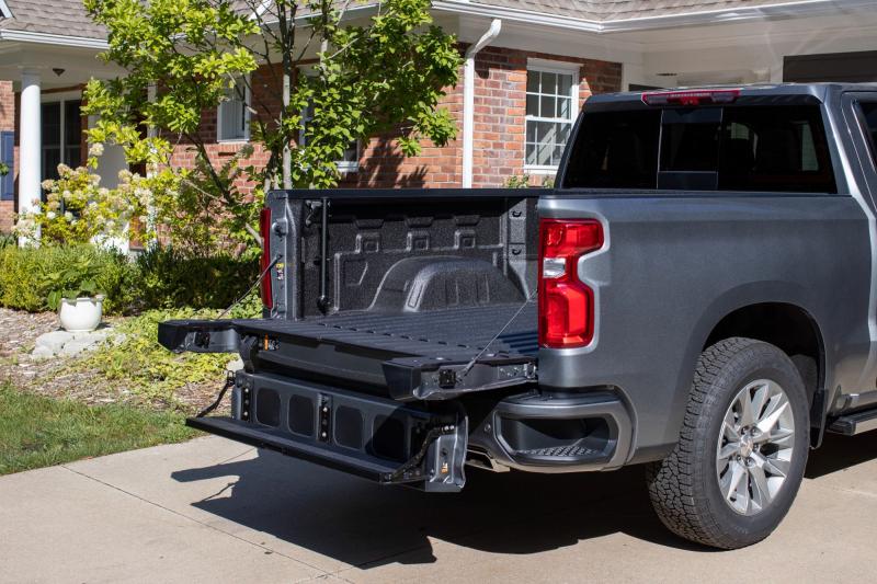 2021 Chevrolet Silverado 1500 Multi-Flex Tailgate Open