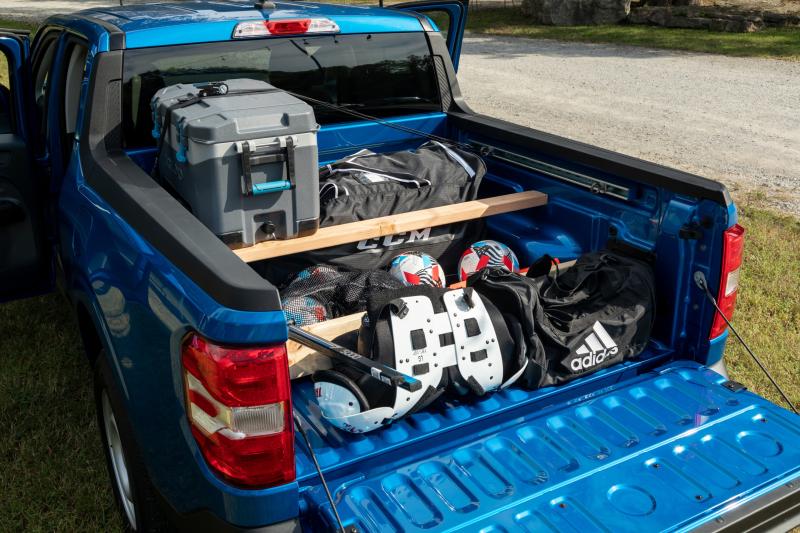 2022 Ford Maverick cargo bed