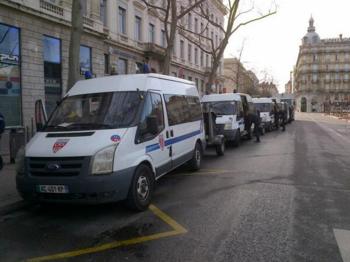 L - Camions CRS à Lyon - 12h20