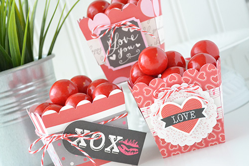 """Blowing Kisses"" Valentine Treat Boxes by Aly Dosdall for #EchoParkPaper"