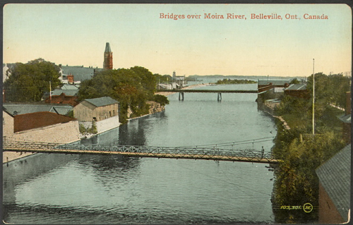 Illustrated postcard of a wide river with two bridges in the middle of a city